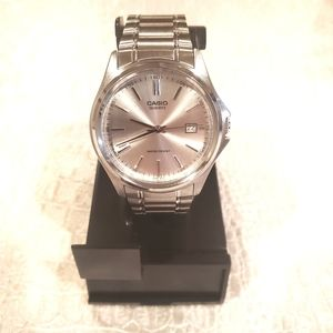 NEW!! Casio stainless steel watch
